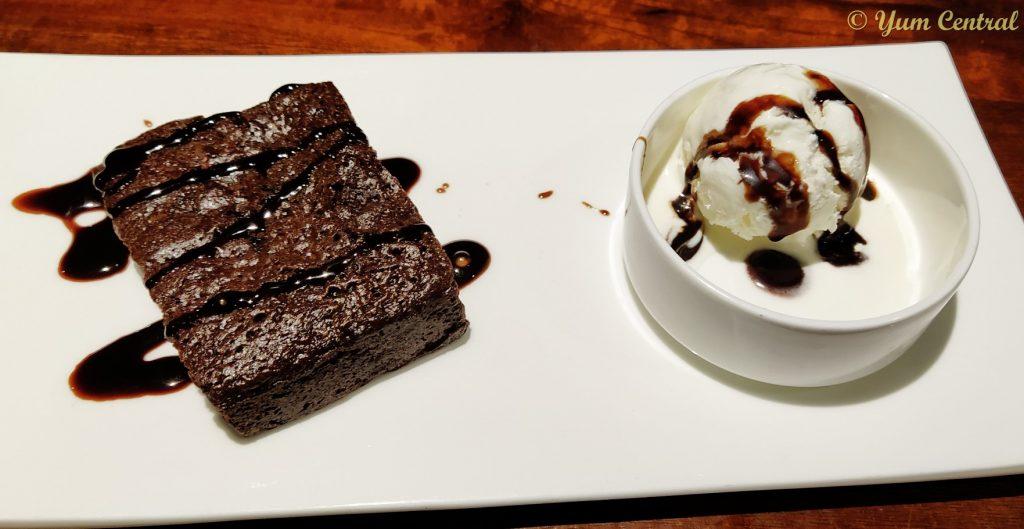 Choco Brownie with Ice Cream
